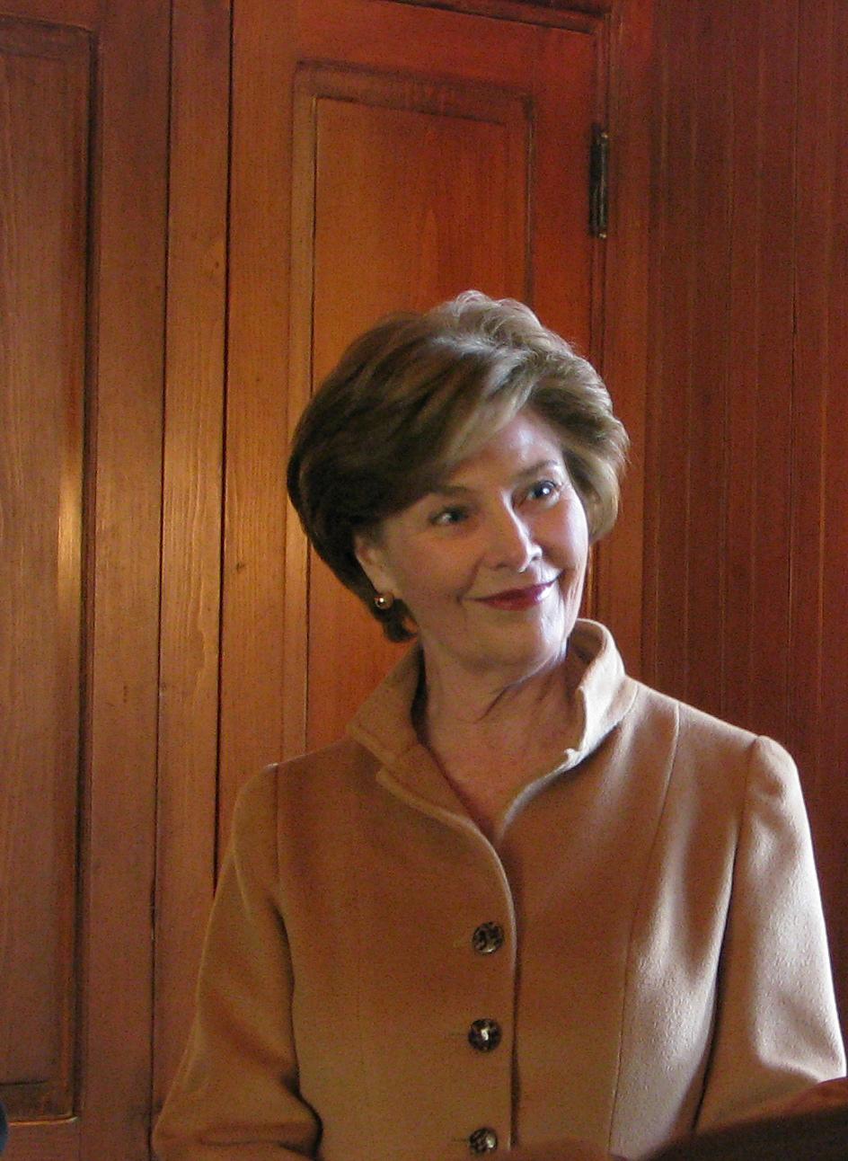 Former First Lady Laura Bush Endorses Cottage Exhibit